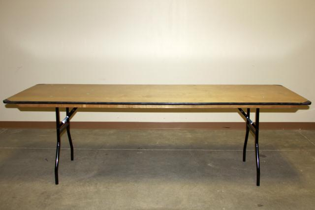 Where to find 8  BANQUET TABLE in Longview