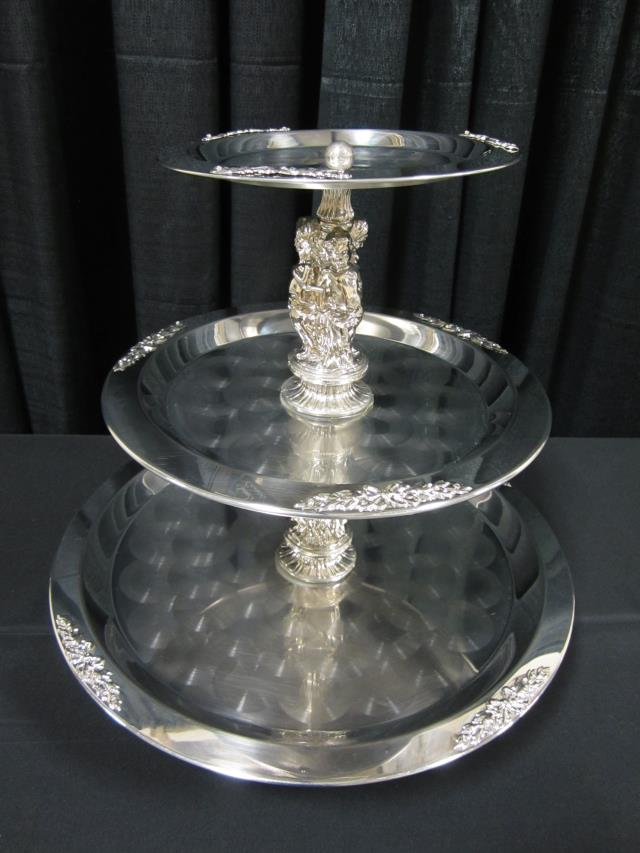 Where to find 3 TIER 20  STAINLESS PONTRELLI TRAY in Longview