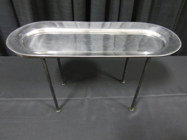 Where to find OBLONG ALUM TRAY W  13  STAND in Longview