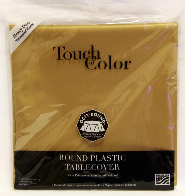 Where to find RD GLITTERING GOLD PLASTIC TABLECOVER in Longview