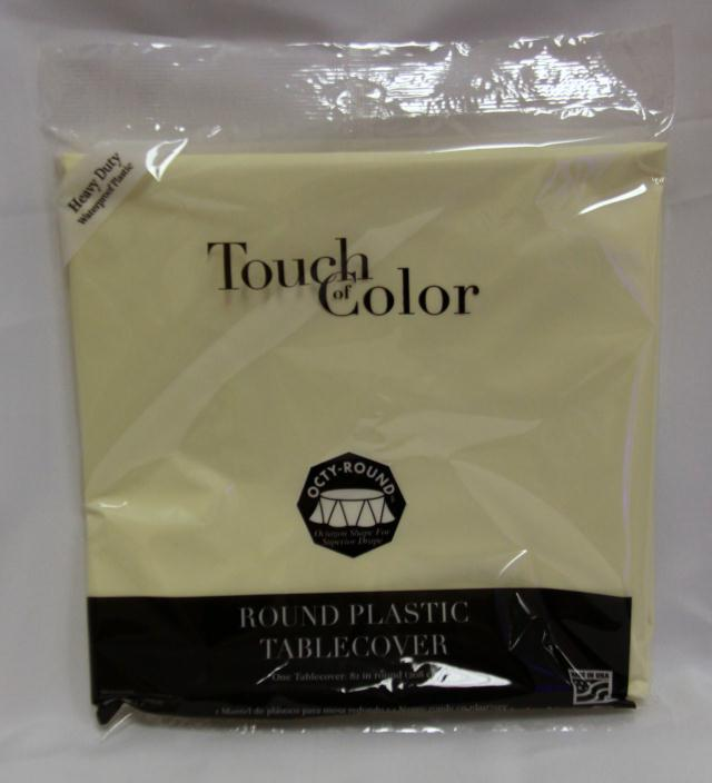 Where to find RD IVORY PLASTIC TABLECOVER in Longview