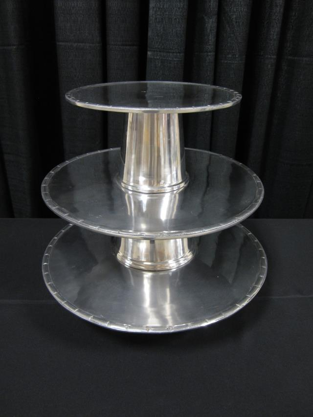 Where to find 3 TIER ALUMINUM PASTRY TRAY in Longview