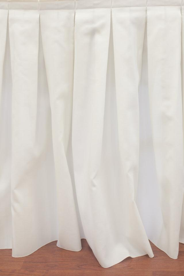 Where to find IVORY BOX PLEAT SKIRTS in Longview