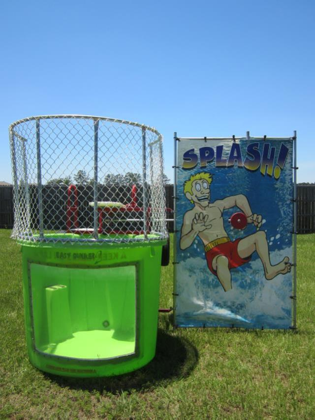 Where to find GREEN DUNK TANK in Longview