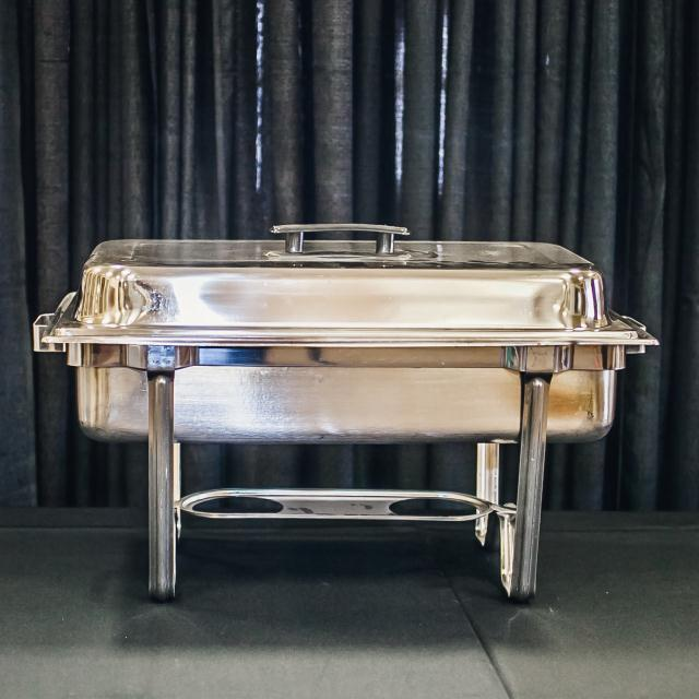 Where to find 8 QT RECT STAINLESS BASIC CHAFER in Longview